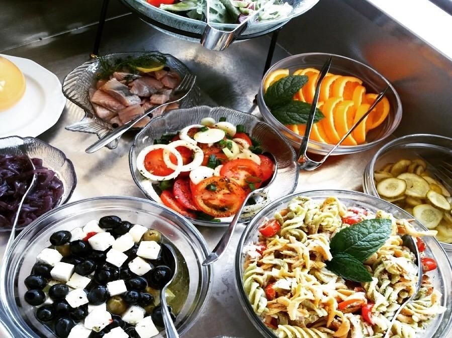 lounas salaattipöytä imatra ravintola Wanha virveli